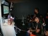 Carlos la Plaga probando el Super Mario Wii