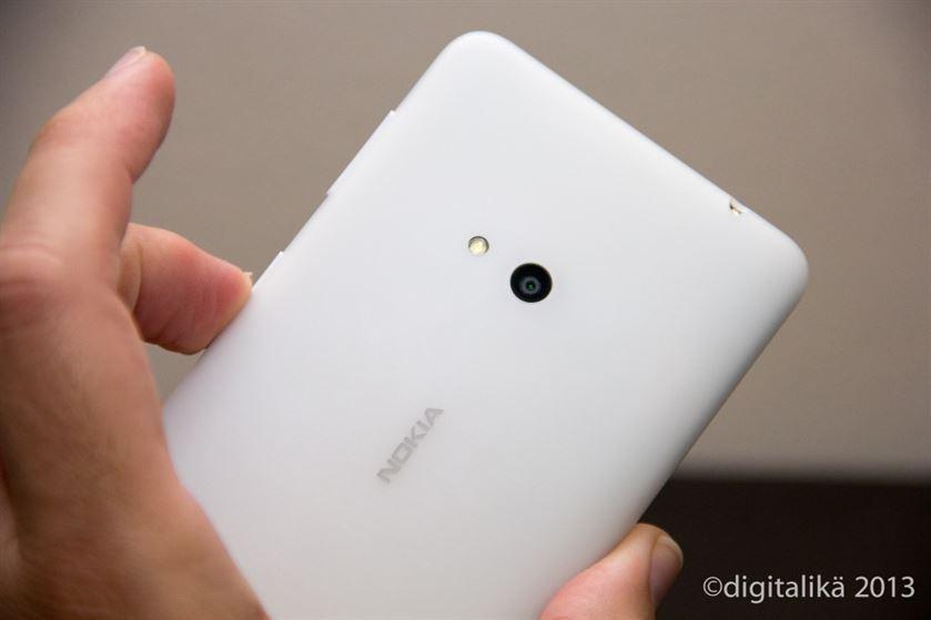 lumia625OCamara
